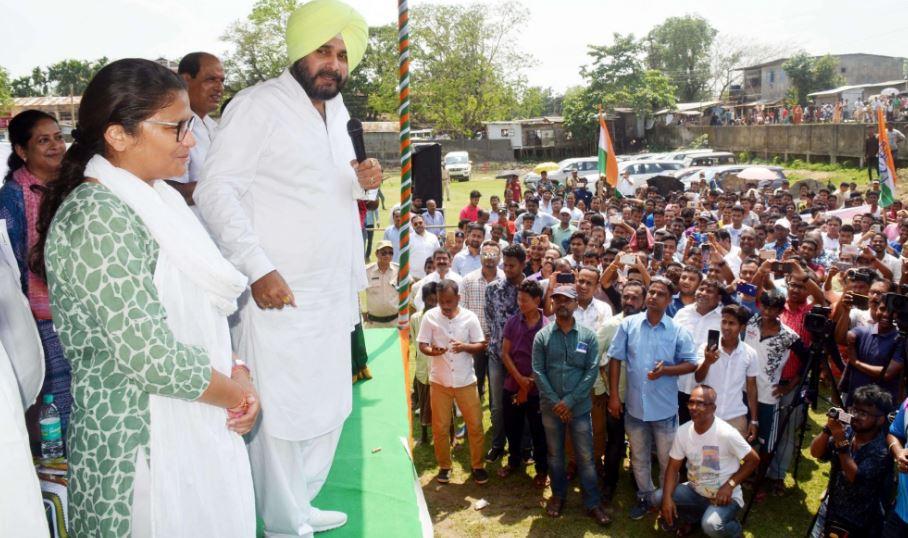 Navjot Singh Sidhu adds grist to Sushmita Dev's poll campaign