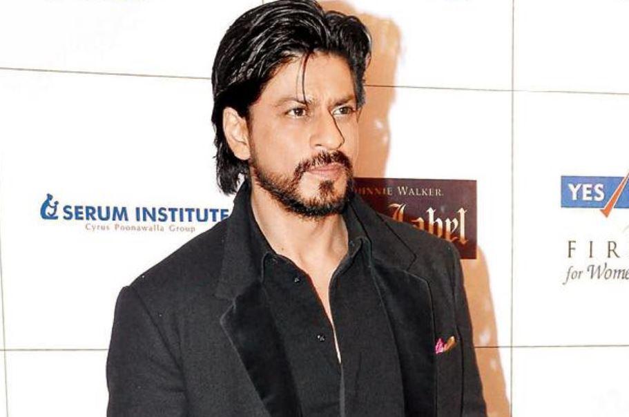 Shah Rukh Khan pays tribute to his 'Fauji' director