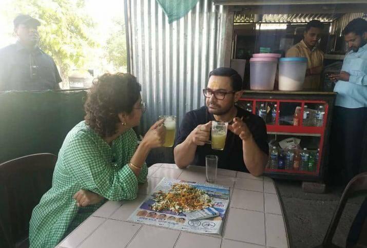 Aamir Khan Enjoys Sugarcane Juice At Dhaba With Wife Kiran Rao