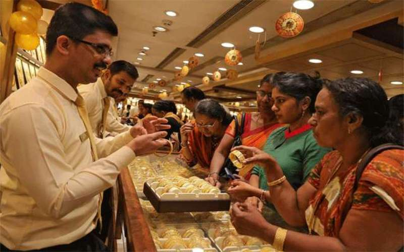 Indians Buy 23 Tonnes Gold On Akshaya Tritiya