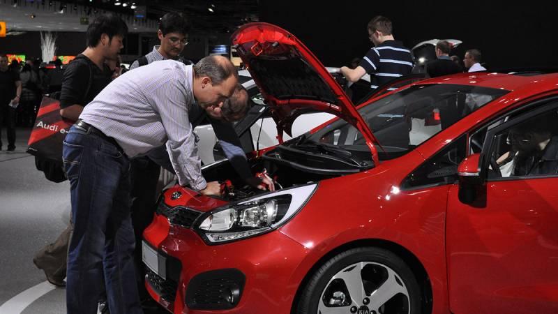 April Passenger Cars Sales Down 20%