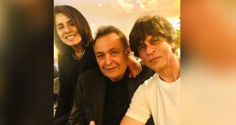 Shah Rukh Khan Meets Rishi Kapoor In New York, Neetu Kapoor Admires His 'Genuine' Love