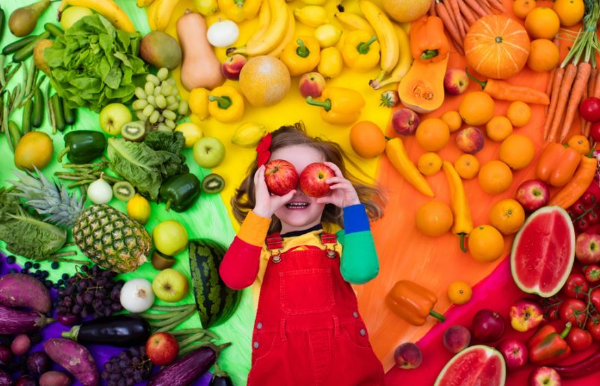 5 Hacks To Get Kids Eating Healthy Foods