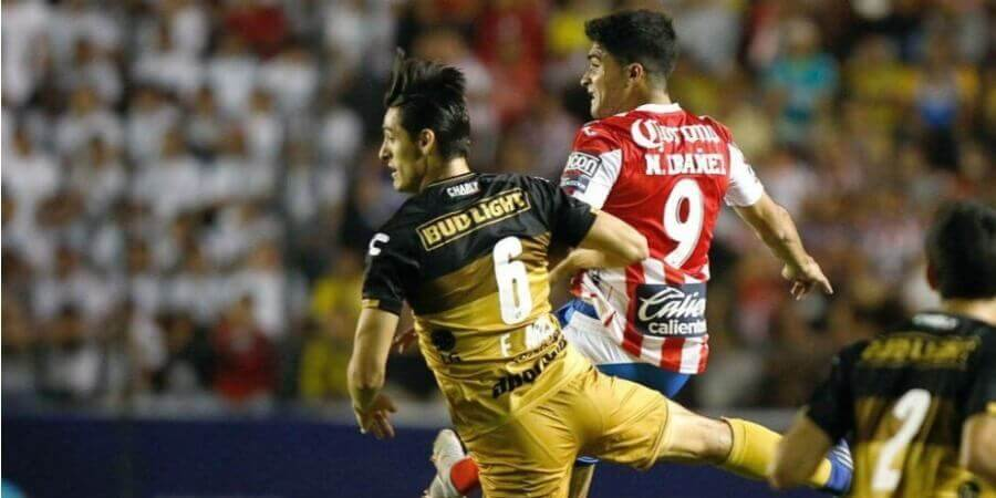 Fred fires Mineiro to victory