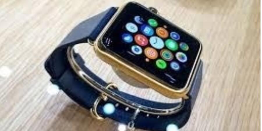 Wrist, ear worn devices lead wearable market in Q1 2019
