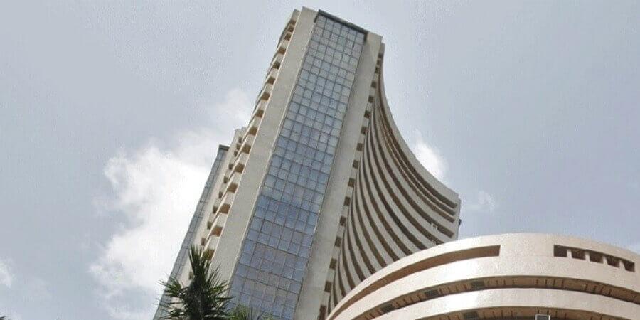 Sensex, Nifty end marginally higher, Jet ends 40% down