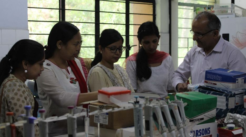 Demonstration Of Kits For Diagnosing Animal Disease Held In Meghalaya