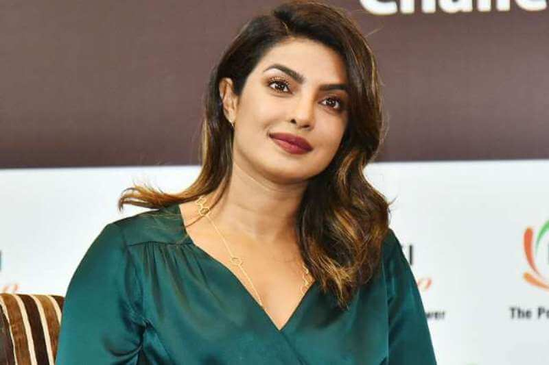 Priyanka Chopra To Star In Netflix Superhero Movie