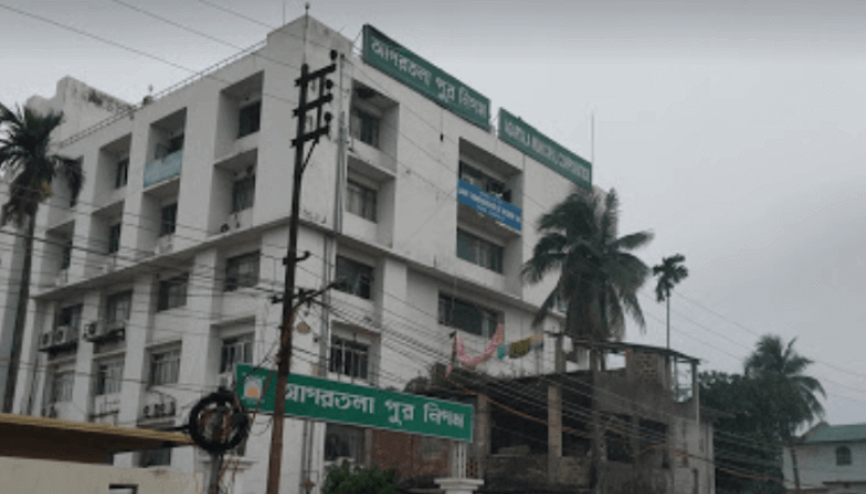 Clean Agartala Operation: Many Illegal Constructions Demolished