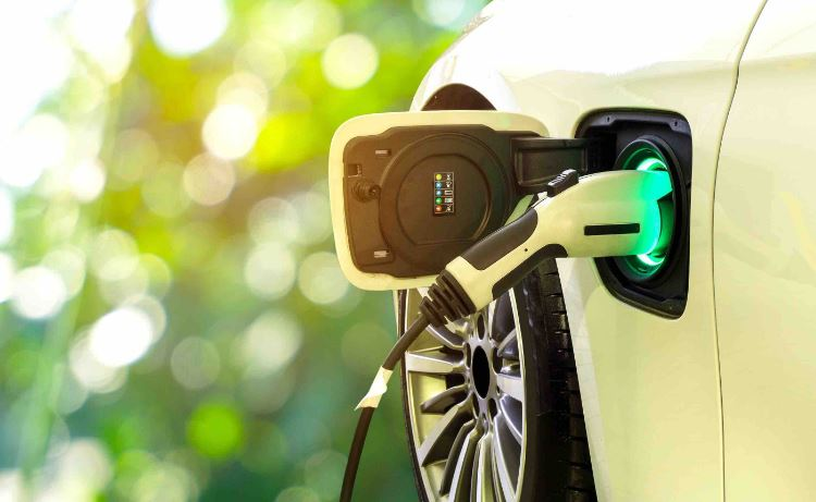 Sustained Charge Required to Accelerate Electric Vehicle Growth in India