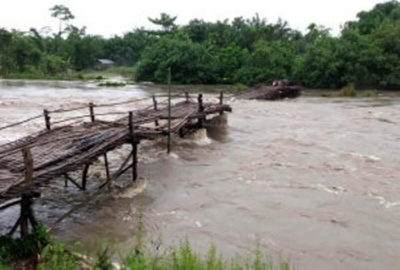 Flood hits more than 40 villages across Lakhimpur as NEEPCO releases excess water