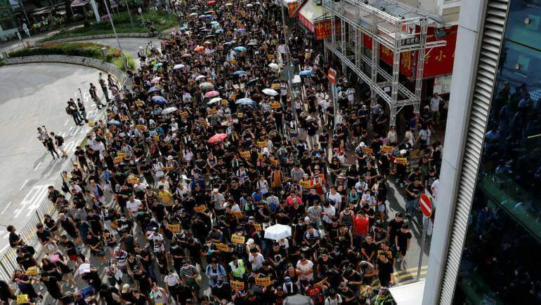 Hong Kong Braces for Another Weekend of Protests