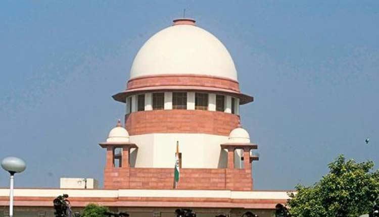 Karnataka Slug Fest Peaks; Rebels Move Supreme Court