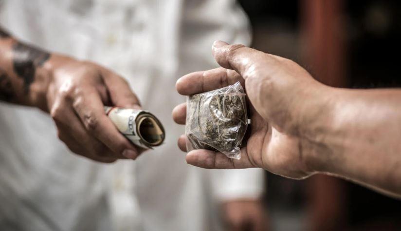 Drug Smoking And Drug Trafficking In The