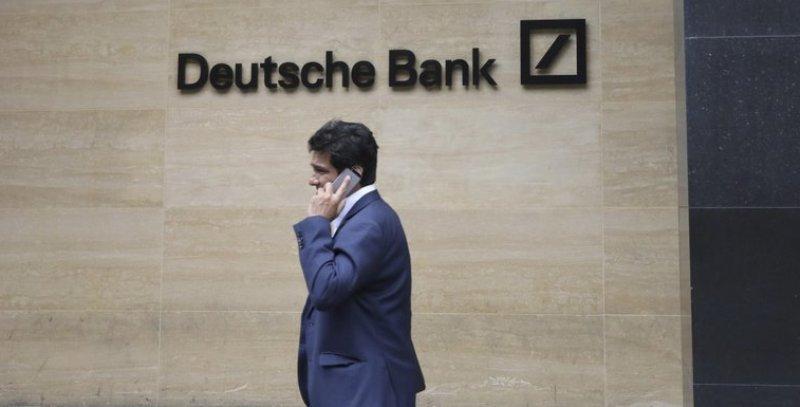 Deutsche Bank Shares Fall As Restructuring Begins