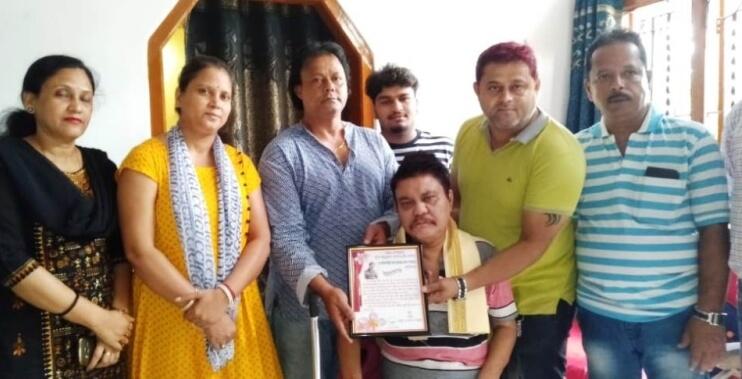 Chondoneer Felicitates Singer Swapan Kumar Deb