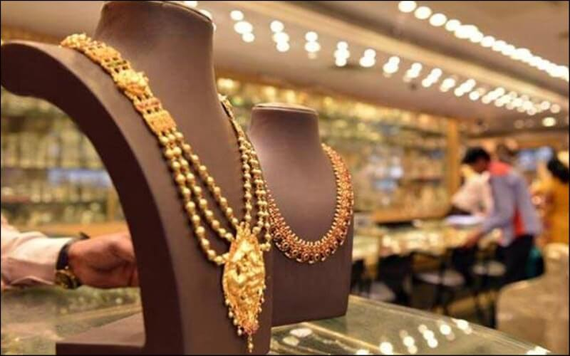 Gold Touches New High over Rs 40K Per 10gm