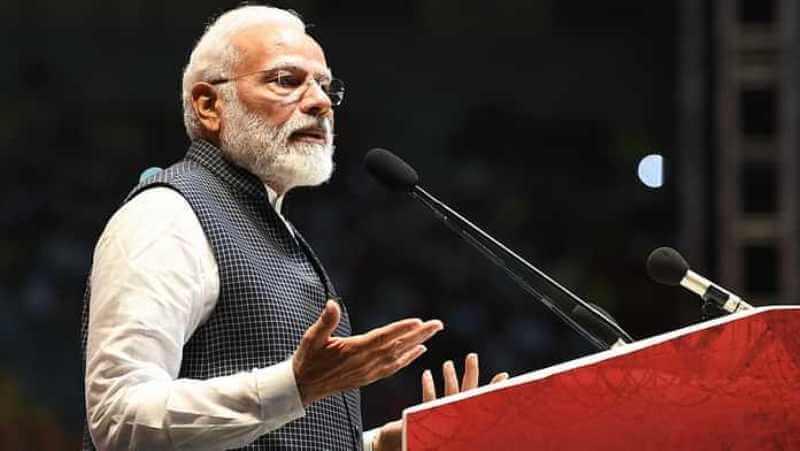 Modi attacks Congress for politics of dynasty