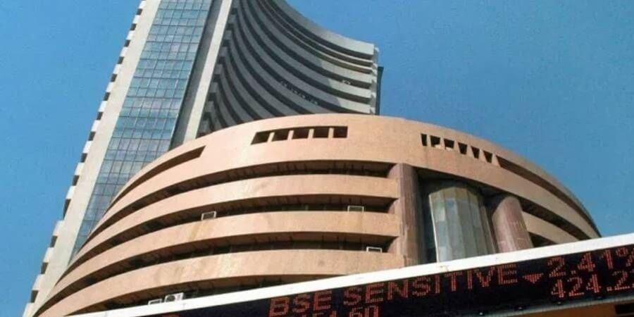 Sensex ends in green amid weak global cues