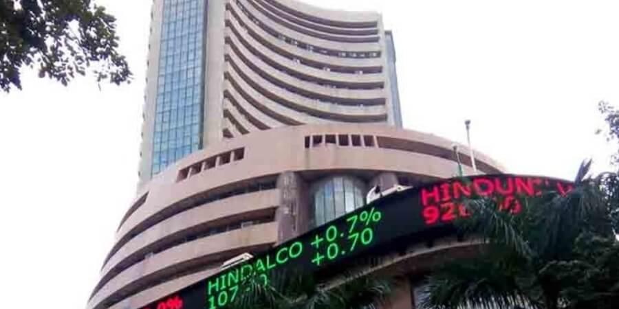 Sensex drops 463 pts on Fed's hawkish comment