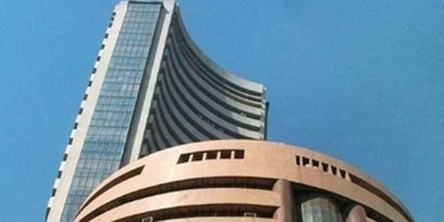 Sensex Gains 353 Points on US Tariff Delay