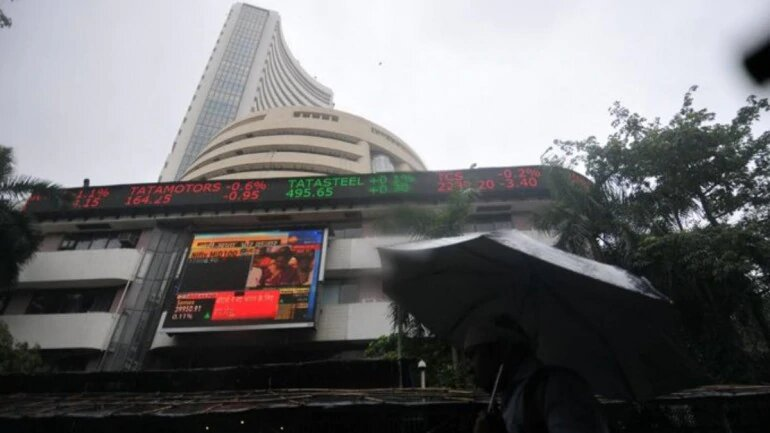 Global Sell-off Hits Indian Markets; Sensex Plunges Up to 500 Points