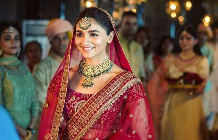 Actress Alia Bhatt Experiences her 'Dulhan Wali Feeling'