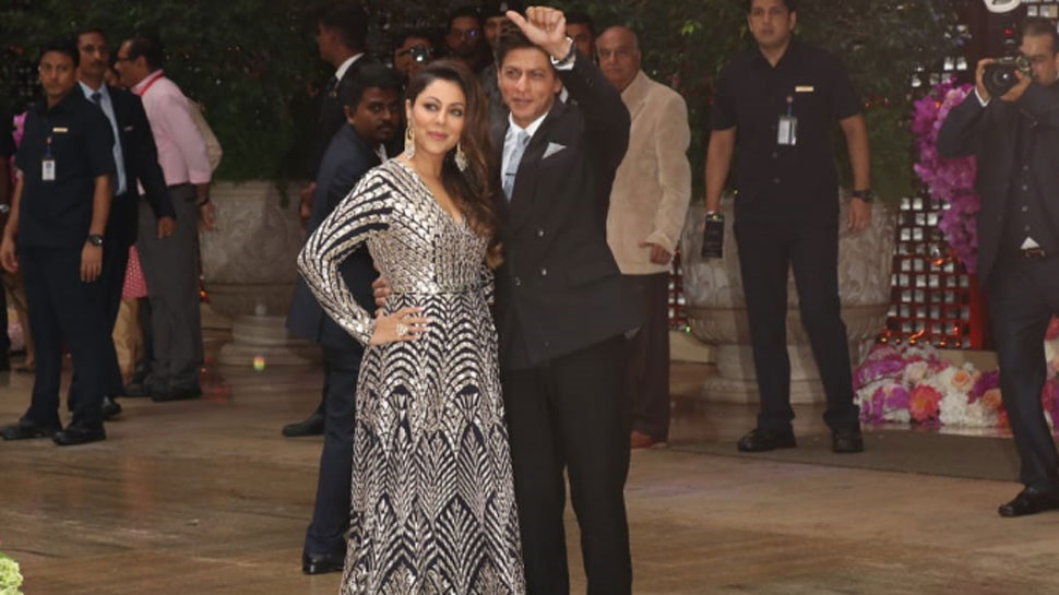 Shah Rukh Khan Wishes Gauri on 28th Wedding Anniversary
