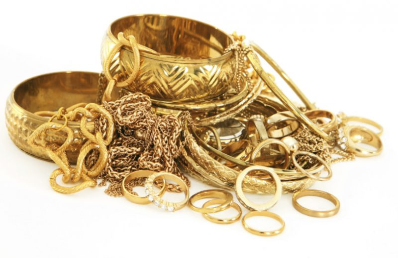 Gold Sales Likely to Decline by 50% on this Dhanteras