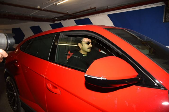 Ranveer Singh Glam up Streets With His New 3 Cr Lamborghini
