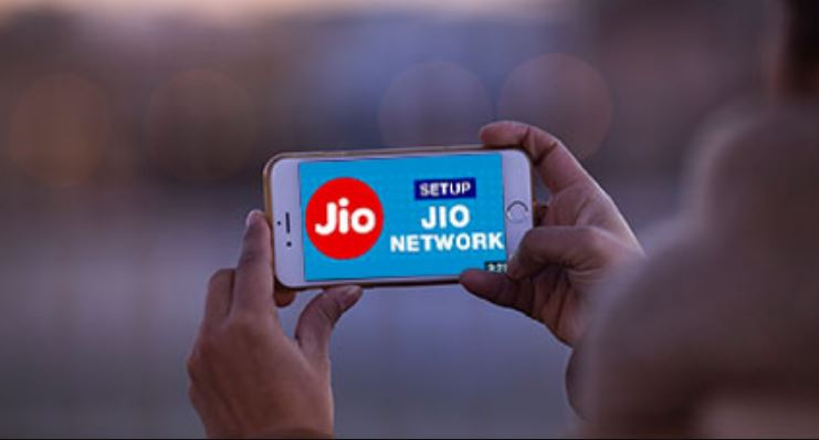 Jio charges for voice calls for IUC, rival telecoms may wait till Jan 2020