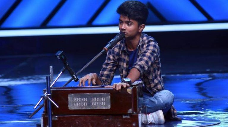 Sa Re Ga Ma Pa 2011 Winner Azmat Hussain Back for auditions in Indian Idol