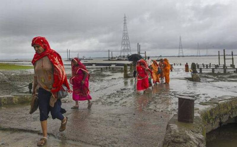 Cyclone storm Bulbul makes landfall in Bangladesh
