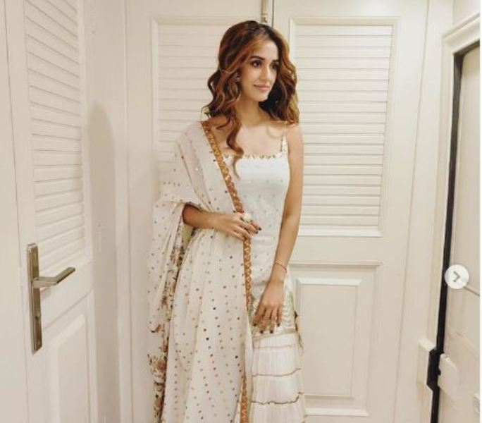 Disha Patani shines in White and Gold for upcoming film Radhe