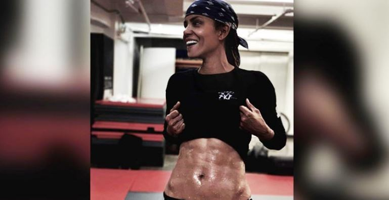 Actress Halle Berry 'Finally' Achieves Six-pack Abs