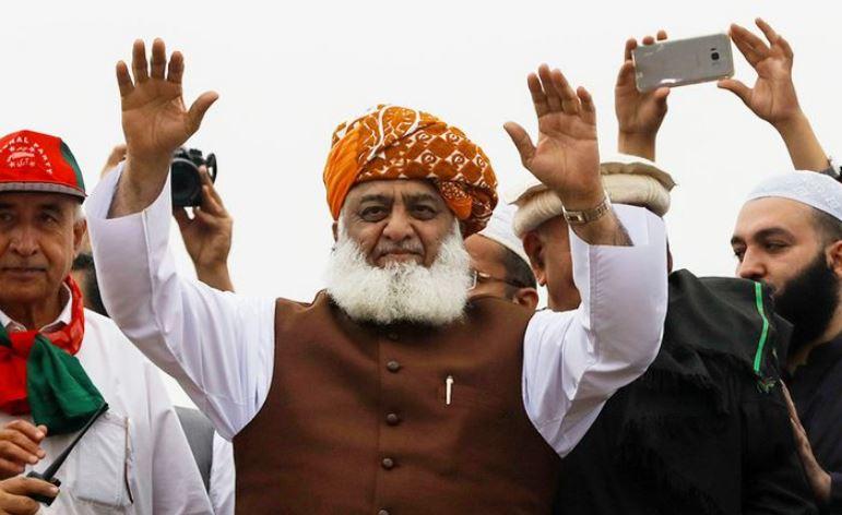 Maulana Fazlur Rehman- A new challenge to Imran Khan