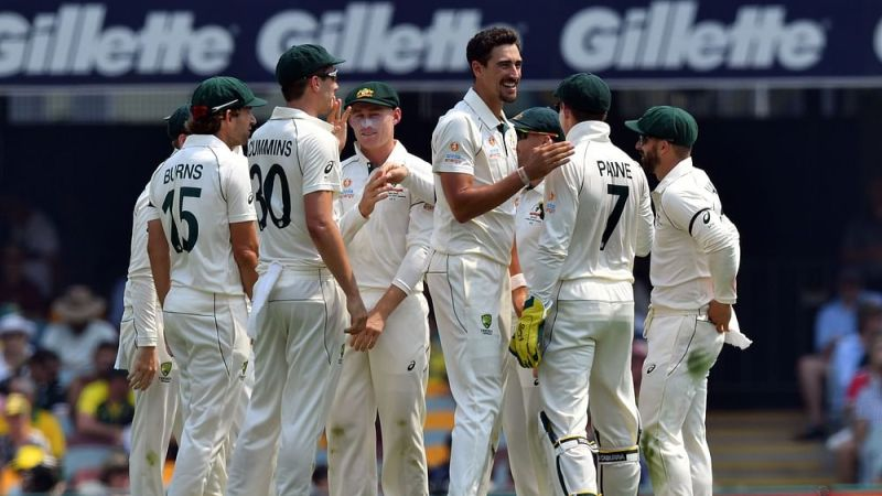 Pacers shine as Australia bowl out Pakistan for 240