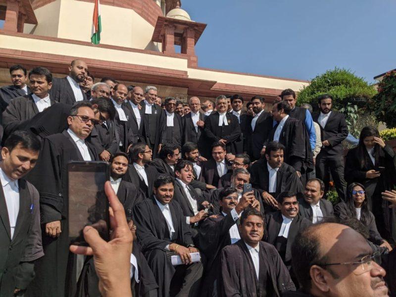 Lawyers' team to present SC verdict copy to Ram Lalla Virajman