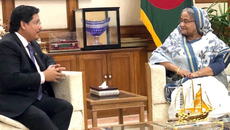 Meghalaya CM Conrad K Sangma Holds Talks with Bangladesh Honchos