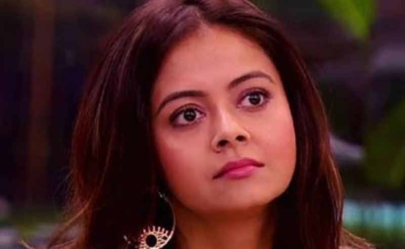 Devoleena Bhattacharjee raises questions on Rashami-Arhaan affair