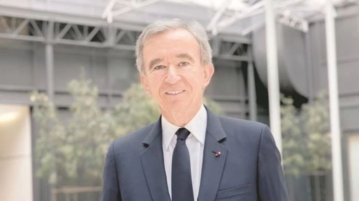 Bernard Arnault briefly topples Bezos as world's richest man