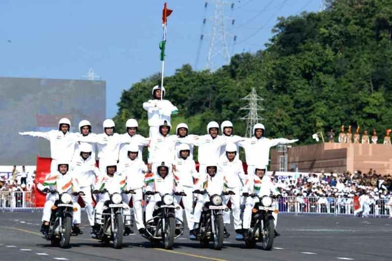 CRPF women bikers to showcase skill at Rajpath on R-Day