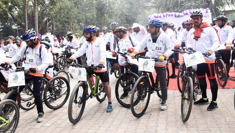 OIL Organizes SAKSHAM Cycle Rally At Guwahati