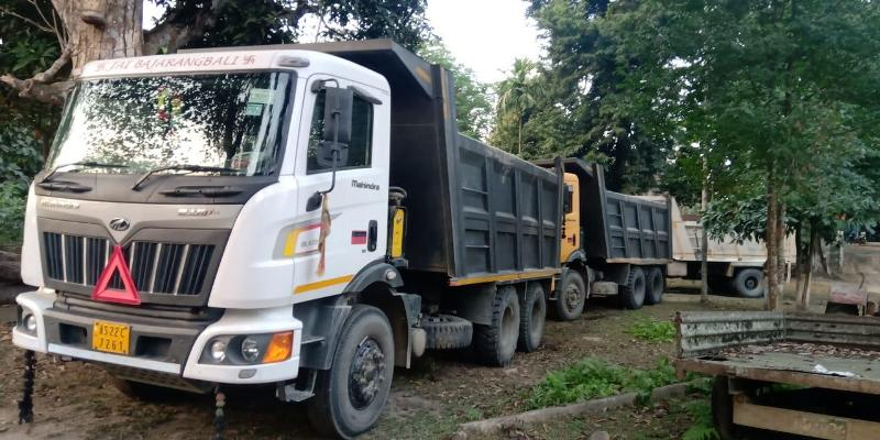 Seven dumpers laden with river resources seized in Lakhimpur