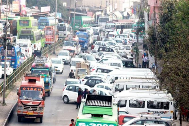 Traffic and parking problems discussed at Dibrugarh DC office
