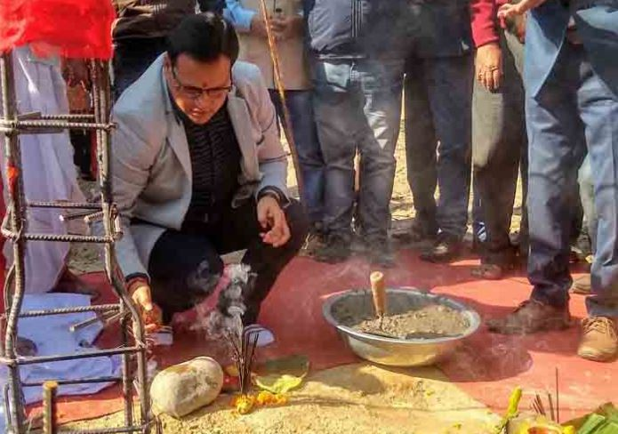 Target is to produce 1 lakh gamosas to make rural weavers self-sufficient: Guru Jyoti Das