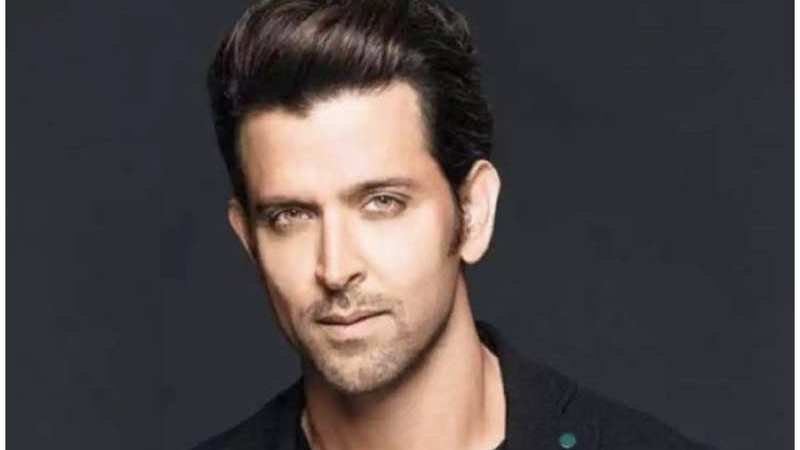 Coronavirus: Hrithik Roshan urges citizens to avoid train travel
