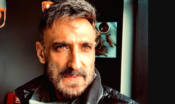 """Actor Rahul Dev bags a dramedy web series """"Who's Your Daddy?"""""""