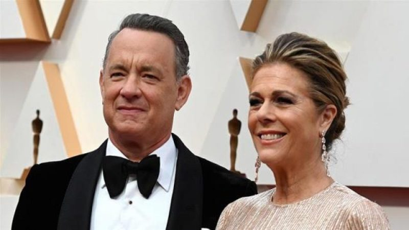 Tom Hanks offers advice to fans after testing positive forCOVID-19