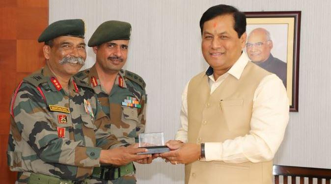 GOC Gajraj Corps calls on Chief Minister Sarbananda Sonowal